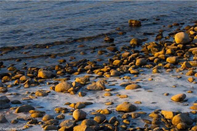Lago Maggiore nella morsa del ghiaccio