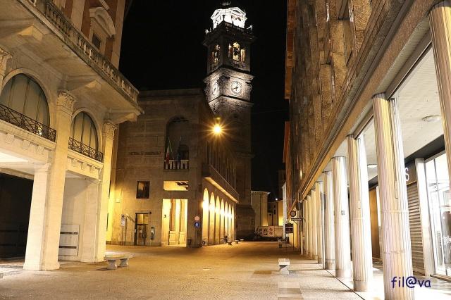 Varese di sera
